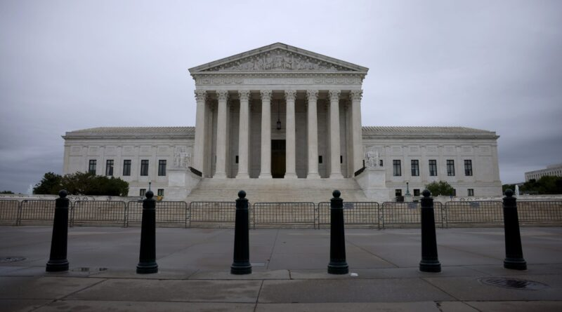 fact-check:-false-claim-about-supreme-court-and-vaccination-–-usa-today