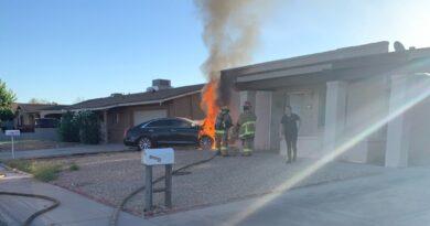 teen-crashes-car-into-west-phoenix-home,-narrowly-missing-woman-inside-–-abc15-arizona