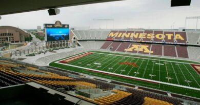 gophers-football-home-gets-new-name:-huntington-bank-stadium-–-miami-herald