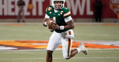 every-university-of-miami-football-player-is-getting-a-$6000-endorsement-deal-from-one-business-–-barstool-sports
