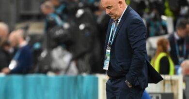 russia-coach-cherchesov-fired-following-euro-2020-exit-–-miami-herald