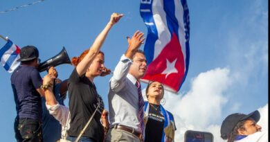 in-miami,-the-mayor-says-military-action-may-be-needed-in-cuba-–-miami-herald