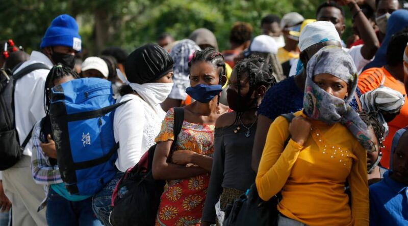 democrats-call-on-biden-to-pause-haitian-deportations-after-moise-assassination-–-miami-herald