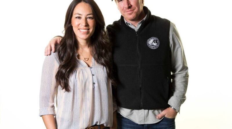 chip-and-joanna-gaines-step-up-to-help-lead-a-new-tv-network-–-miami-herald
