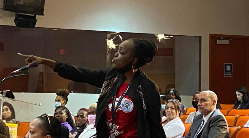 'i've-lost-so-many-people-i-know-and-i-love.'-conflict-resolution-coming-to-miami-schools-–-miami-herald