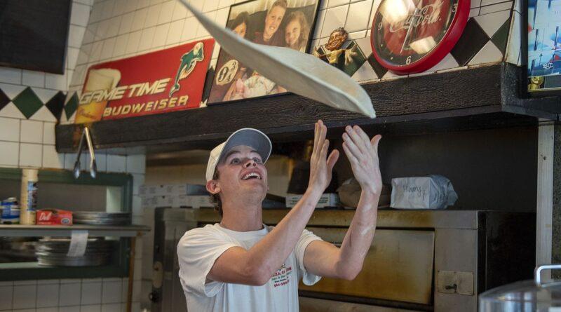 sofla-eateries-get-$5-million-from-restaurant-revitalization-fund-–-south-florida-sun-sentinel-–-south-florida-sun-sentinel