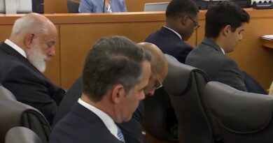 a-moment-of-silence,-then-business-at-hand-in-surfside-lawsuit-hearing-–-nbc-6-south-florida