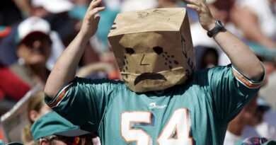 the-miami-dolphins-hall-of-shame:-5-initial-inductees-–-phin-phanitic
