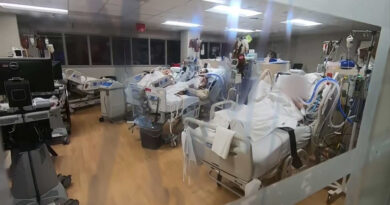 icu-nurse:-'a-lot-of-these-patients-don't-make-it;'-video-looks-inside-covid-ward-at-jackson-memorial-hospital-–-cbs-miami