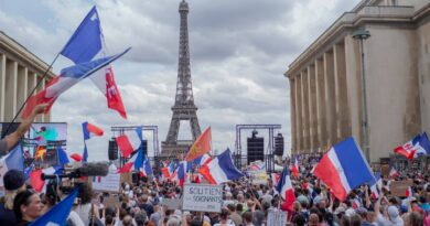 french-parliament-oks-restaurant-covid-pass,-vaccine-rules-–-miami-herald