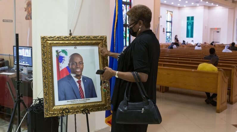 haitians-in-miami-mourn-fallen-haiti-president-on-eve-of-his-state-funeral-–-catholicphilly.com