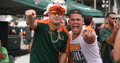 nfl-and-college-football-season-returns-to-miami-–-miami-new-times
