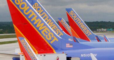 southwest-trims-schedule-in-effort-to-solve-flight-problems-–-miami-herald