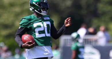 jets'-maye-disappointed-about-contract,-focused-on-football-–-miami-herald