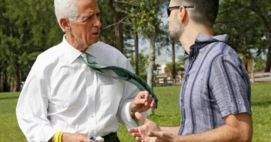 charlie-crist-to-visit-florida's-hispanic-communities-in-campaign-outreach-tour-–-miami-herald