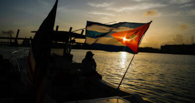 'the-whole-point-is-to-create-chaos.'-the-story-behind-miami's-anti-communist-flotilla-–-rolling-stone
