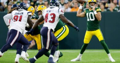 qb-love's-status-unclear-for-packers'-next-preseason-game-–-miami-herald