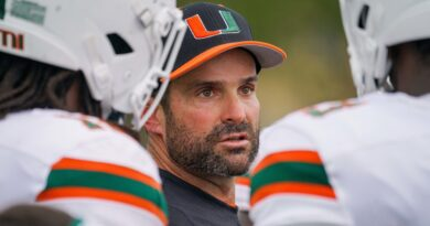 um-coach-manny-diaz's-postgame-comments-after-team's-first-fall-scrimmage-–-miami-herald