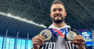 two-olympic-medals-and-a-new-goal:-can-eddy-alvarez-make-it-back-to-mlb-with-the-marlins?-–-miami-herald
