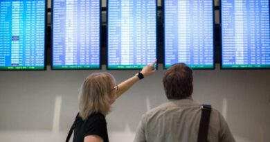 start-up-us-airlines-say-bookings-sag-as-covid-cases-rise-–-miami-herald