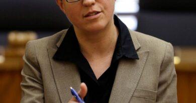 oregon-house-speaker-kotek-announces-run-for-governor-–-miami-herald