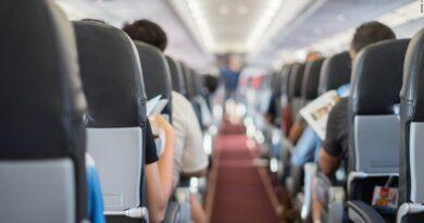 dread-at-30,000-ft:-inside-the-increasingly-violent-world-of-us-flight-attendants-–-cnn