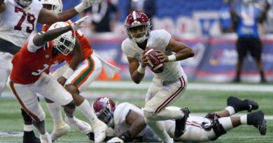 miami-hurricanes-head-coach-manny-diaz-describes-27-0-deficit-to-alabama-as-'series-of-events'-–-wplg-local-10