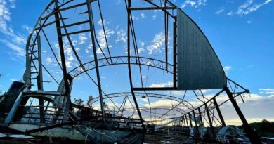 new-jersey's-largest-dairy-farm-nearly-destroyed-in-tornado-–-miami-herald