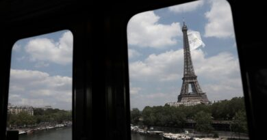france's-new-travel-restriction-bans-unvaccinated-us-tourists-–-usa-today