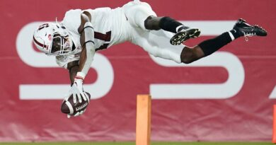 mckee-leads-stanford's-42-28-upset-rout-of-no.-14-usc-–-miami-herald