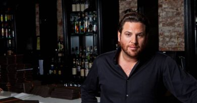 scott-conant-shares-the-inspiration-behind-his-new-cookbook,-peace,-love,-and-pasta-–-miami-new-times