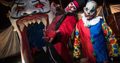 after-three-years,-the-most-terrifying-halloween-attraction-in-miami-is-returning-–-miami-herald