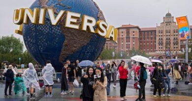 universal-studios-opens-beijing-park-under-anti-virus-curbs-–-miami-herald