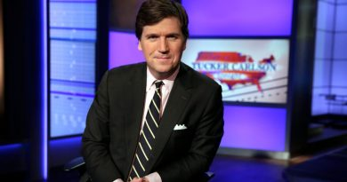 'that's-just-insane':-tucker-carlson-resents-adl's-response-to-'replacement'-theory-remarks-–-usa-today