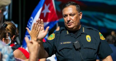 miami-police-chief-art-acevedo-is-facing-political-pushback,-but-how-did-he-get-here?-–-wlrn