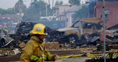 at-least-2-dead,-including-ups-employee,-after-small-plane-crashes-into-southern-california-homes;-investigation-underway-–-usa-today
