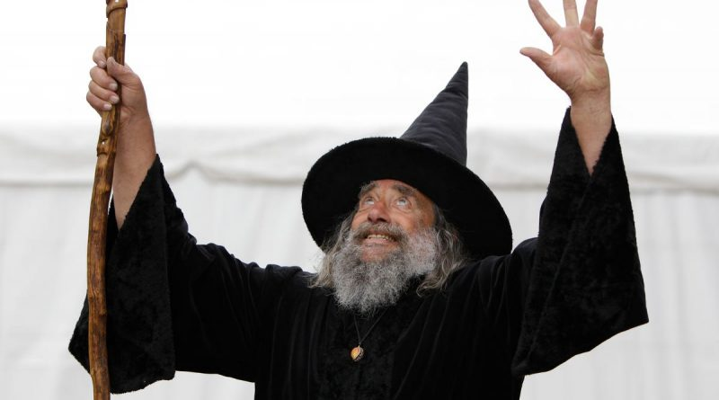 official-wizard-of-new-zealand-fired-by-city-council-after-more-than-2-decades-–-usa-today