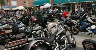 vendor-sold-nazi-gear-at-florida-motorcycle-rally-–-cbs-miami