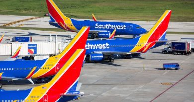 'dangerous-situations':-unions-warn-pilots-to-stay-focused-on-flying,-not-vaccine-mandates-–-usa-today